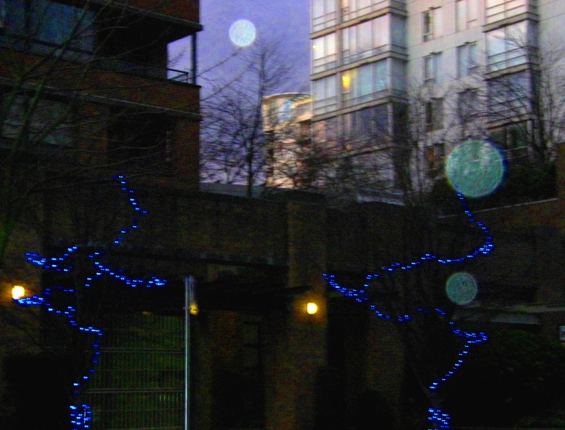 Reflections of Yaletown in December
